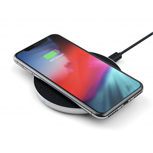 iPhone Ladestation Satechi Wireless Fast Qi Charging Pad V2 - Silber